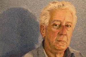 Adriano. Porträtt i sytråd av Malin Lager.