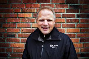 Jan Andersson, tjänsteman på Åre kommun, har en kristallklar uppfattning om vad EU har betytt för Åre. Enligt honom bidrog EU till att Åre tog ett historiskt steg mot en ny inriktning, från vintersportort till en helårsdestination.