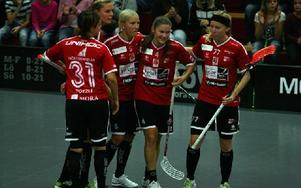 KAIS Moras Therse Karlsson vände på matchen med två mål i första perioden och Falun kom sedan aldrig ikapp.  Foto: unknown