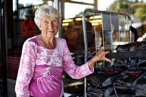 Inez Eriksson, 84 år, pensionär, Hedesunda: – Det skulle vara trevligt om han blev partiledare. Det tror jag han skulle klara bra. Han inger förtroende, det lilla jag har hört av honom.