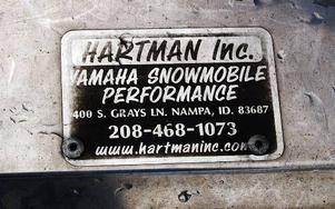 En stolt skylt visar att skoterns förlängning är tillverkad i USA.
