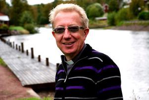 Kyrkoherde Tomas Jansson, Ore församling väntar på ett positivt besked från Stiftsstyrelsen i Västerås i december.