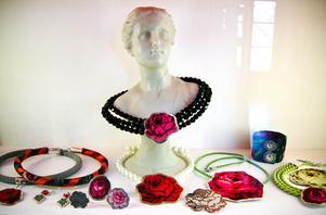 Smycken av Karin Ferner från 2012.