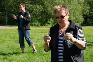 Marit Källberg provade pekare för första gången i sitt liv, mycket intressant, tyckte hon.