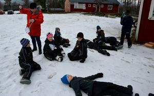 Utslagna elever från Björkbackaskolan efter att ha sprungit Björkvasan.