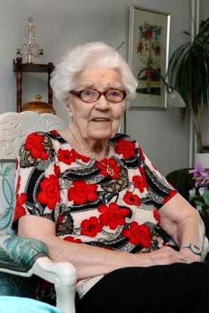 Gunbjörg Thunvall, Färila, har avlidit, 96 år gammal.