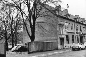Så här såg huset ut där Västerås Ångtvätt låg. Bilden är från 1978.