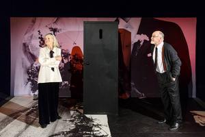 Ingrid Wallin och Gustaf Kling i pjäsen.