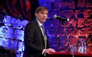 Avestas kommunalråd Lars Isacsson talade om Basindustrin –vår historia och vår framtid, när han hälsade välkommen. Foto: Johnny Fredborg