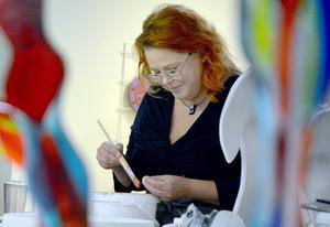 Glaskonstnären Mari Zidén kan se fram emot att flytta till en ny ateljé 2016, och två år efter det en utställning i New York i eget namn.