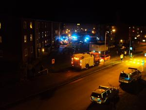 Lägenhetsbrand i Hallstahammar på Trädgårdsgatan under lördagskvällen ca 21:45.