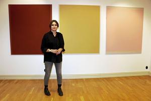 Dessa tre målningar skapade Lillemor Boman Carlén i Carl Larssons ateljé i Gréz i Frankrike. Målningarna heter Aikaterine, Isabel och Nocturne.