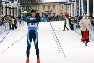 Ensam. Norrmannen Espen Harald Bjerke fick kranskullan och hela upploppet för sig själv .