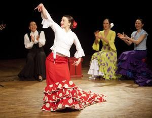 Spanska rytmer. Nio dansare showade på Culturen. Foto: Anders Forngren