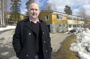 Björn Carlqvist är vd i det nya kommunala bolaget Helsinge Vatten som nu tar hand om VA-verksamheten i Bollnäs och Ovanåker. I en gul villa strax bakom Alfta Rehab Center ska arbetsledning och administration hålla till.