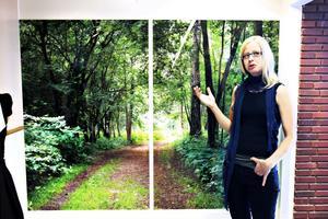 """Platsspecifikt på Gävle Sjukhus: Foton av Sara Appelgren. Längst ner till höger """"Beyond the Walls II"""" av Lina Jaros, placerat i matrummet."""