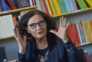Ebba Witt-Brattström säger att hennes mission är att få bort snacket om att feminism är något för kvinnor.