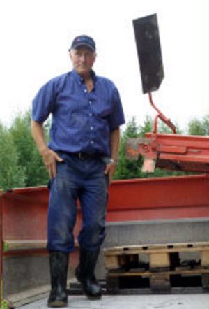 Åke Wedin, potatisodlaren från Björön är redo att skörda årets nypotatis.