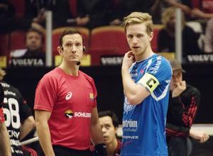 Adam Lundgren får lämna ifrån sig kaptensbindeln till Anders Nygren den här säsongen.