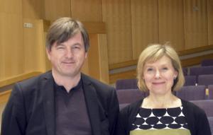 Paret Joachim Gustafsson och Ann-Christine Larsson bjuder fransk och svensk musik.