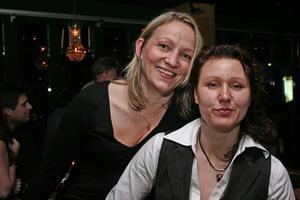 Harrys. Anne-Mari och Marianne.