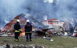 Ett tekniskt fel låg troligtvis bakom branden i Spjutsbo i lördags morse. Foto: DT/Micke Gustafsson/Foto-Mike