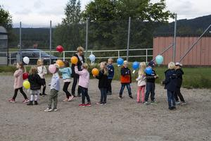 Efteråt väntade glass och olika aktiviteter för eleverna på Tallåsens skola.