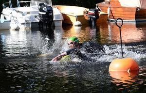Slutstrid. Anton Schoug och Nico Axelsson tampades ända in över mållinjen.