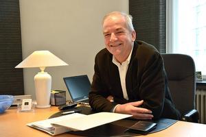 Fastighetsmäklaren Michael Trolle noterar att utbudet av bostäder ökar.