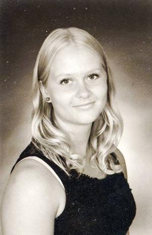 Catarina Larsson från Brättingberg i Bjuråker fyller 18 år.