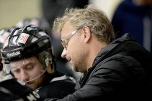 Lars Byström  sista/senaste hockeyuppdrag var som tränare i Sollefteå 2014. Foto: Jens Näsman