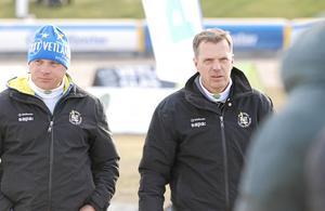 Elit Vetlandas sportchef Mikael Wirebrand och lagledare Fredrik Staaf.