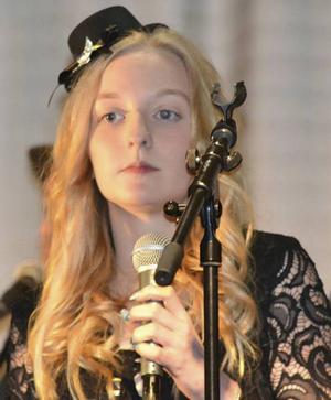 Emma Finnström, en duktig sångerska från Lillhärdal.