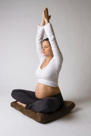 Underlättar. Att träna under graviditeten får dig inte bara att må bättre, utan kan också underlätta förlossningen.