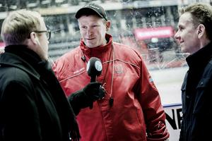 Hockeypuls David Hellsing intervjuar Niklas Sundblad i Örebro Hockey.