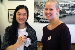 Hilda Schönning och Cornelia Holm från Söderhamnsbaserade UF-företaget Sock It Up.