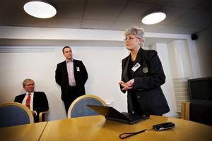 I går redogjorde Karin Strandberg Nöjd för sitt förslag till besparingar och omprioriteringar på landstinget.