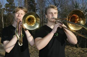 Anton Svensson och Johannes Ferner, Sveriges bästa trombonister i Sm för ungdomsstorband tillsmans med Mats Hägerlind som inte är med på bilden.