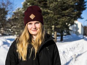 Kajsa Persson är tillbaka på isen efter en lång sjukdomsperiod.