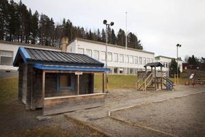 Pilgrimstad skola ligger öde under skollovet. Så riskerar det dock att kunna bli permanent i framtiden.