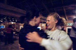 Isa Hammarsten tränade dalsteg och omdansningar på Dos Hambo-camp i Arbrå.