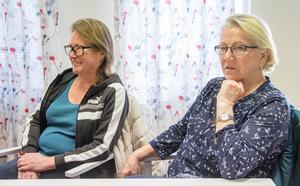 Jaana Ahkon och Lea Jylhä är med och skriver sina berättelser.