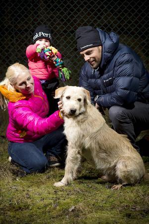 Familjen Lindnord på besök hos Arthur.
