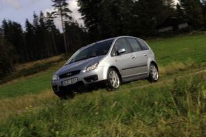 Se upp för rost. Ford C-Max får en del kritik för svagt rostskydd. Gör en extra koll, speciellt om bilen inte är tilläggsbehandlad.  Foto: Björn Olsson