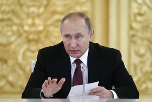 Svensk försvarsdebatt i Rysslands och Putins skugga