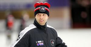 Johan Tornberg, tidigare tränare för VIK, syns här under en match i höstas där Tillberga spelade lika med Vänersborg.