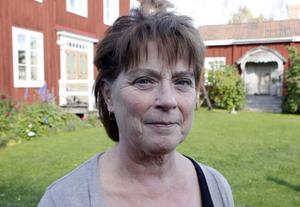 På hälsingegården Engbergs i Stavsäter, Ljusdal, bor föreningen Hälsingegårdars nya ordförande Ann-Christine Asplund. Efter 35 år i Örebro är hon snart på väg att bosätta sig permanent på gården. I dag delar hon sin tid mellan de två orterna.