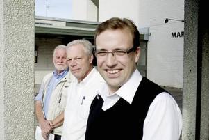 Vill styra kyrkan. Stig Thuresson, Sten-Olov Lövgren och Roger Bergel, kandiderar för Partipolitiskt obundna i Svenska kyrkan, POSK, i det kommande kyrkovalet. De tycker att partipolitik inte hör hemma i kyrkan, utan att den ska styras av engagerade medlemmar med insyn i verksamheten.