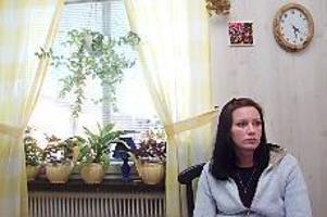 Arkivfoto: LASSE HALVARSSON Hotas fortfarande. Anette Överbring var nyckelvittnet i det så kallade mordbrandsmålet i Hofors. För det hotades och trakasserades hon och ytterligare fängelsedomar avkunnades. I dag, drygt ett år senare, finns hoten kvar.