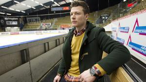 Den före detta VIK-målvakten Daniel Sperrle lämnar nykomlingen Vita Hästen.